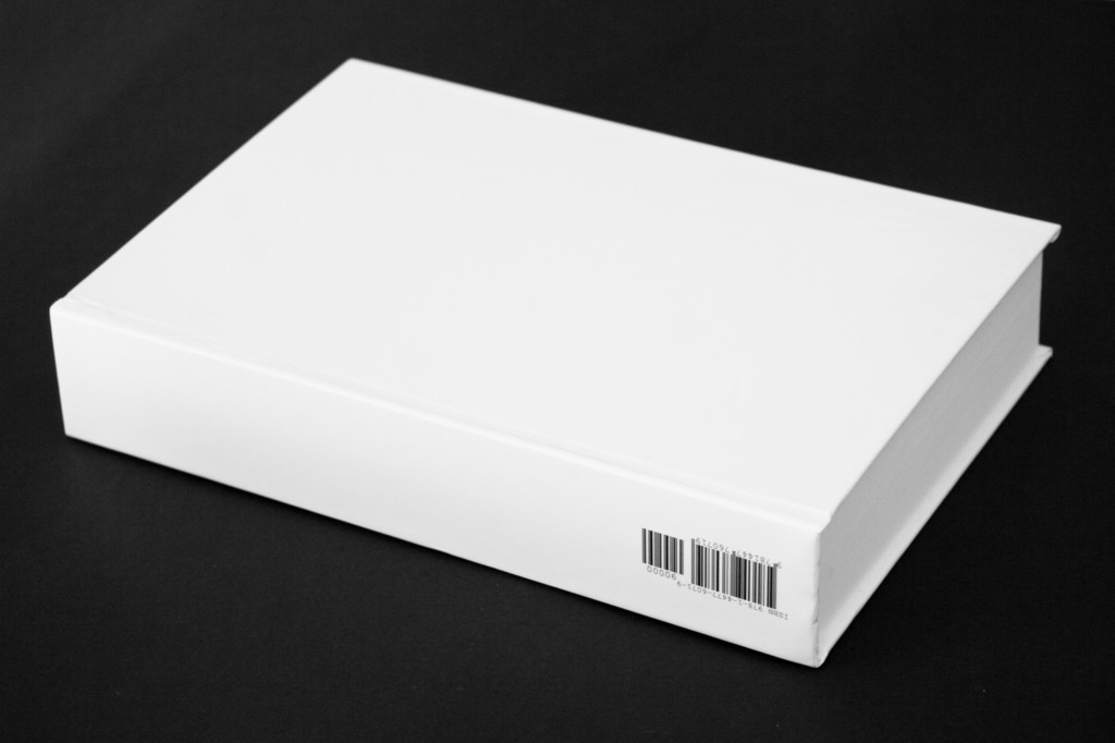 Blank on Demand, hardcover volume, 15.2×22.9cm, 740 pages, €999,999.99 on Lulu, 2011.